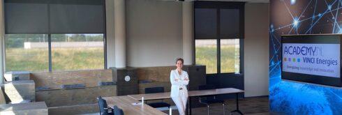 Liesbeth Herwig werkt als Operational manager bij de VINCI Energies Academy.nl, het opleidings- en trainingscentrum van de netwerkorganisatie VINCI Energies. De VINCI Energies Academy.nl biedt